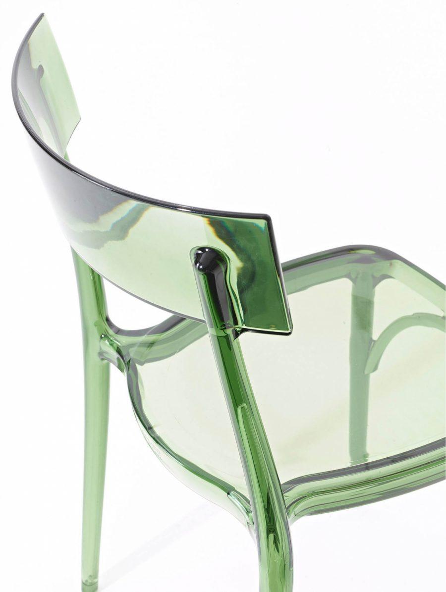 sedia verde trasparente